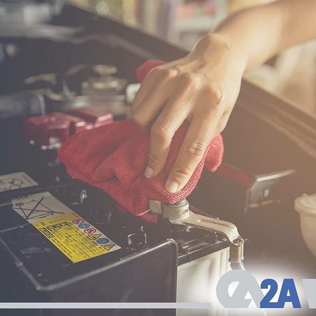 Aracınızın akü kutup başında oksitlenme varsa sıcak su yardımıyla kutup başları temizlenmelidir. #güvenliyolculuk